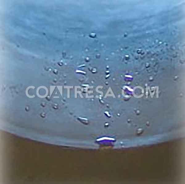 Non-stick and hydrophobic sample