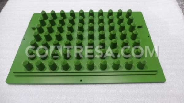 MOLD WITH NON STICK SURFACE