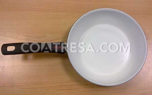 In Coatresa we are experts in application of teflon in frying pans