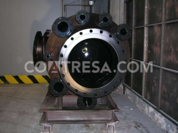 industrial-equipment-coated-with-halar